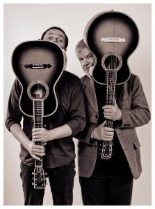 LangnerDoersam_Gitarrenpoesie_Pressefoto-01